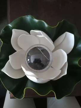 Solar lotus swimming pool floating light