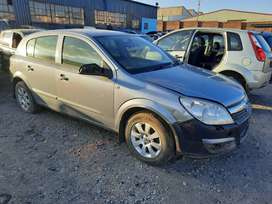 Opel Astra H 1.6 2008 Stripping for Spares and Body Accessories