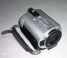 Цифровая видеокамера Sony Handycam DCR-SR32E. Винчестер 30 Gb.