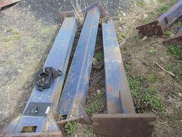 Колонны (опоры, стойки) металлические из швеллера сварные несущие бу.