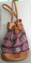 Duża, pojemna torba, worek na ramię, materiał, tkanina w kratę