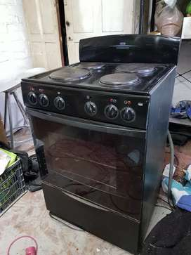 DEFY 4-plate oven For Sale