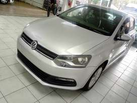 SILVER POLO-6 1.4 HATCH BACK