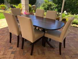 Vintage Hepplewhite sideboard and table + 6 padded chairs