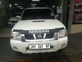 Nissan hard body for sale for very good price