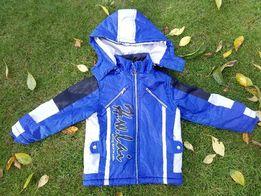 Теплая куртка на мальчика 4-5 лет