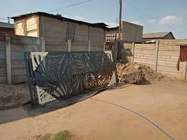 Sliding gate for sale