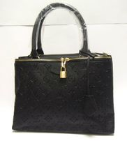 LV Czarny damski kuferek piękna torba torebka Louis Vuitton