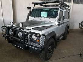 ~2004 Land Rover Defender 90 TD5 SWB-Only R219900