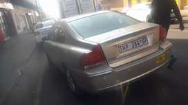 Volvo S40 2L stripping for spares
