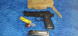 Fully Stainless Steel. 77 Calibr Air Gun.  Use gas canisters  & extras