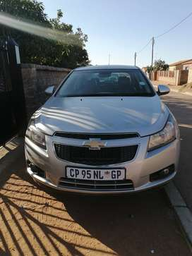 Chevrolet Cruze automatic with a start button