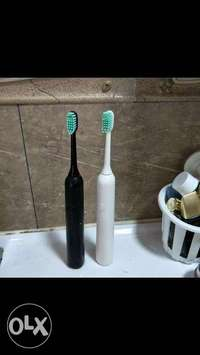 electrical toothbrush white color 0