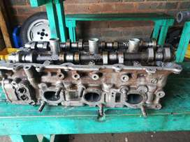 Iam selling Nissan maxima VQ20 second hand engine spares