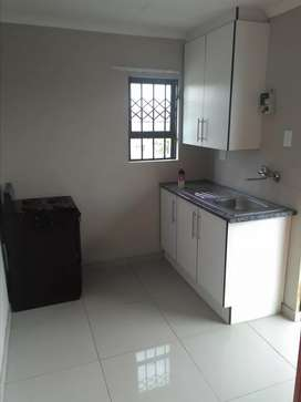 Fully furnished bachelor's room for rent
