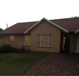 Townhouse Cluster for Sale in Simmerfield Primrose