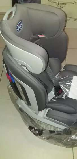 Chicco seat up (baby car seat) 0-12