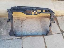 VW Tiguan Cradle Available for sale in good condition
