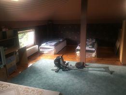 Piętro domu do wynajęcia, pokoje pracownicze 100m2