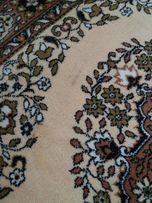 Продам 2 одинаковых ковра шерсть 2×1,5 м