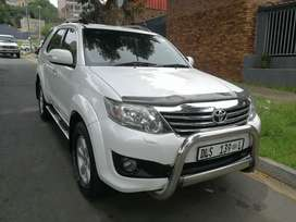 2012  TOYOTA FORTUNER 4.0 V6 MANUAL
