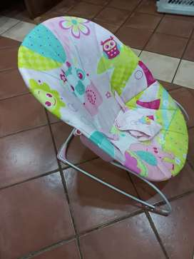 Baby vibrate bouncer