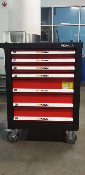 Well equipped nice Tool Box for Sale