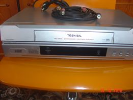 видеомагнитофон панасоник V-E30