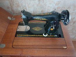 Машинка швейная Подольск (электро, тумба-стол)