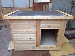 Утепленная будка для крупной и средней собаки из натурального дерева