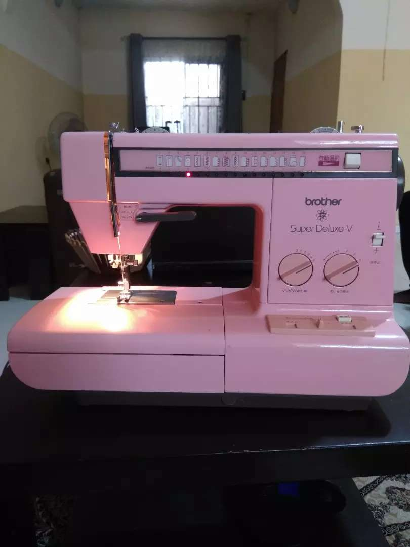 Brother electrical sewing machine. 0