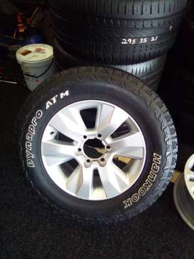"""17"""" Toyota GD6 mag rim with used tyre for spare wheel R1800."""