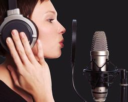 Уроки эстрадного вокала