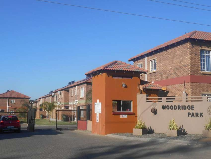2 Bedrooms, 1 Bathroom apartment for sale