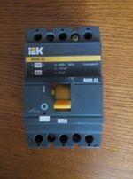 Выключатель автоматический IEK ВА 88-32 на 100А,