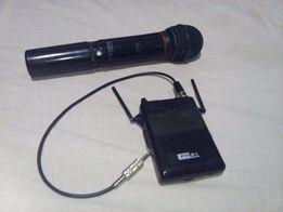 AKG радиомикрофон HT 81