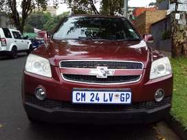 2008 Chevrolet Captiva 2.4 LT 7 seats with nice leather interior