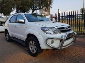 Toyota Fortuner D4D Year Model: 2010 Mileage:137000km Engine:3.0ltr
