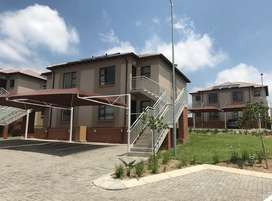 Stunning 2 Bedroom Apartment available in Kosmosdal(R5750pm)