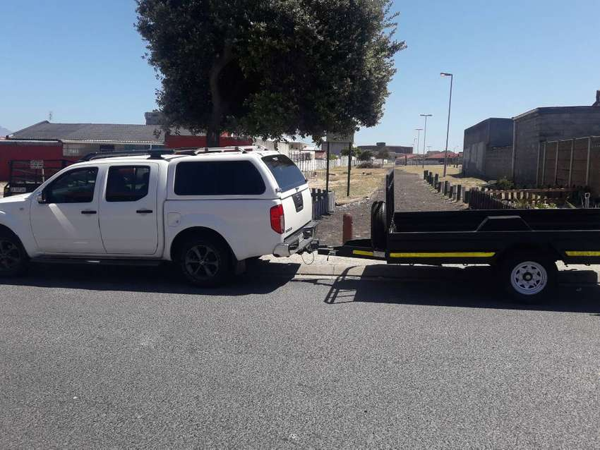 BAKKIE AND TRAILERS WITH DRIVER FOR HIRE 0