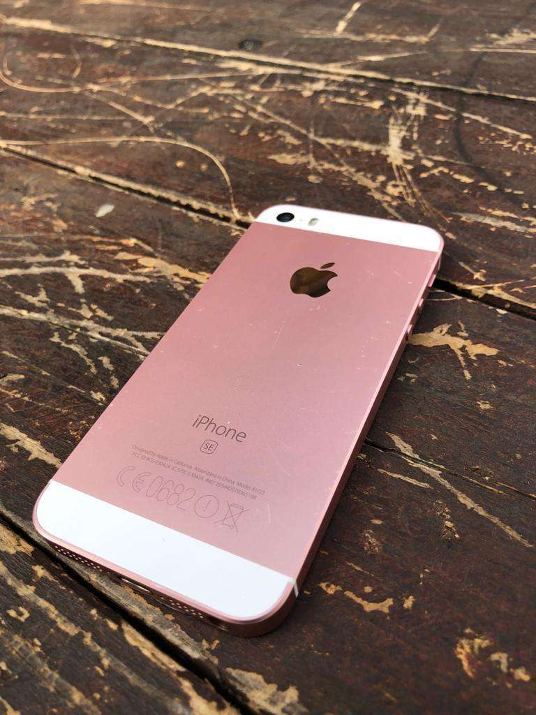 Iphone SE 16GB for sale 0