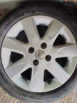 15inch Nissan micra mag rim for sale x 1