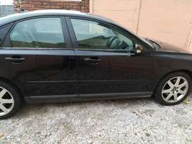 Volvo s50 T5 for sell to fix