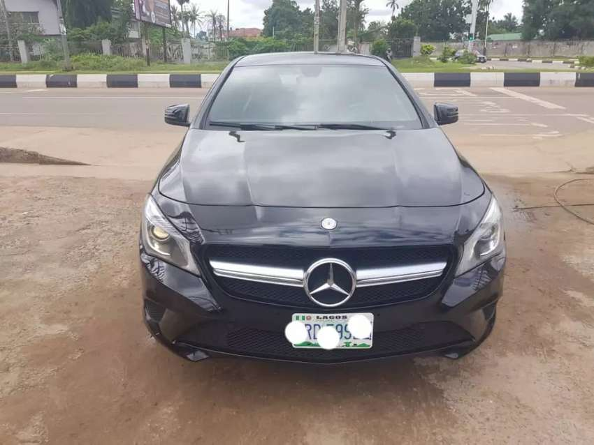 Neatly Used 2014 Mercedes-Benz CLA250 0
