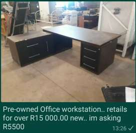 Pre owned office work station