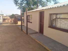 2 Bedroom house with a secured hard for rental in Mabopane Block B