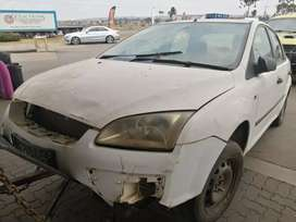 Ford focus 1.6 Z6 stripping for spares and body accessories.