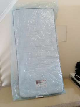 3/4 Bed base & mattress
