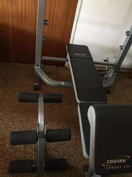 Bench Press Armour 500 with 120Kg weights