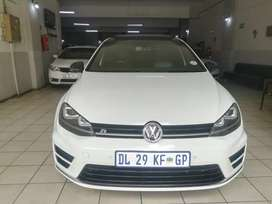 GOLF 7 R FOR SALE AT VERY GOOD PRICE